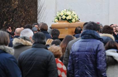 ... parto i funerali donna morta di parto i funerali donna morta di parto