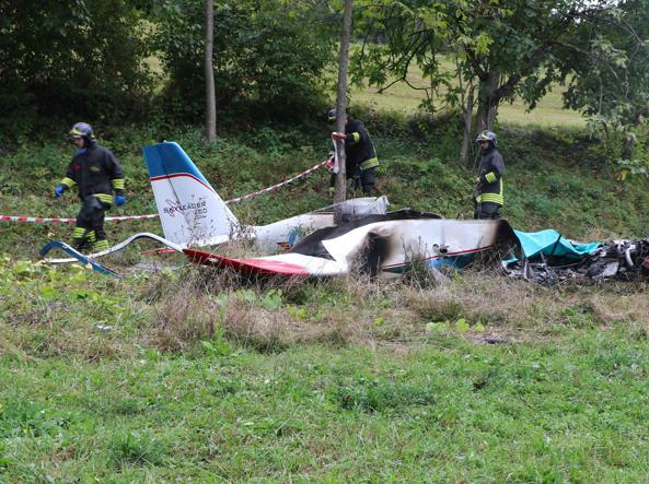 Castelgomberto, precipita Skyleader 200 pilota morto carbonizzato