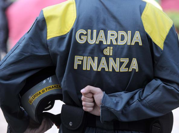 Fatture false per 7,6 milioni di euro: denunciato 52enne di Casto