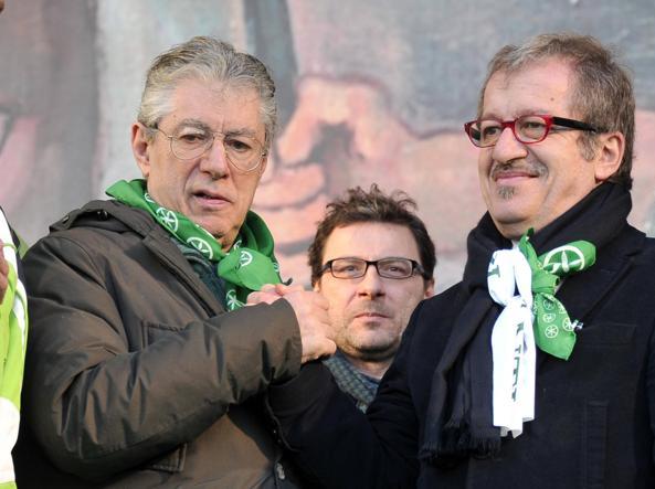 Umberto Bossi con Roberto Maroni (Lapresse)