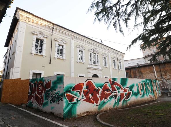 Pinacoteca la vecchia foresteria diventer casa d artista for Ospitare qualcuno in casa