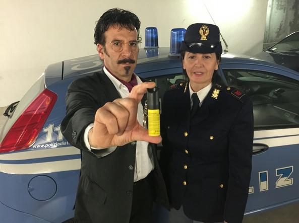 Brescia nell arsenale della polizia arriva lo spray al for Questura di brescia nuova lista 2017