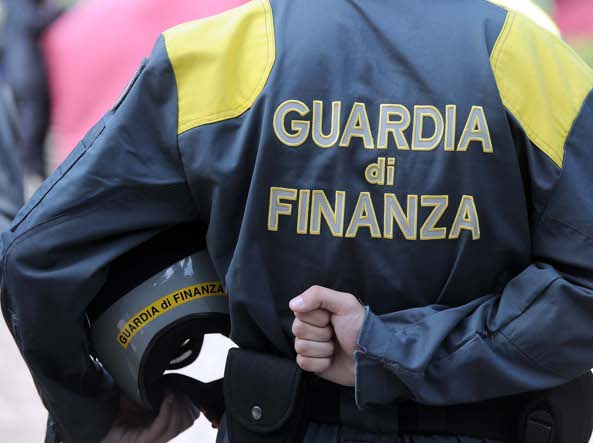 Sequestrati 110 kg di cocaina al porto di Salerno: nave bloccata