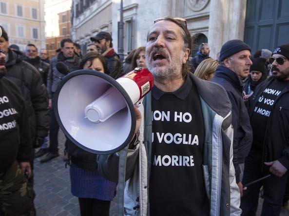 Torino: i carabinieri fermano