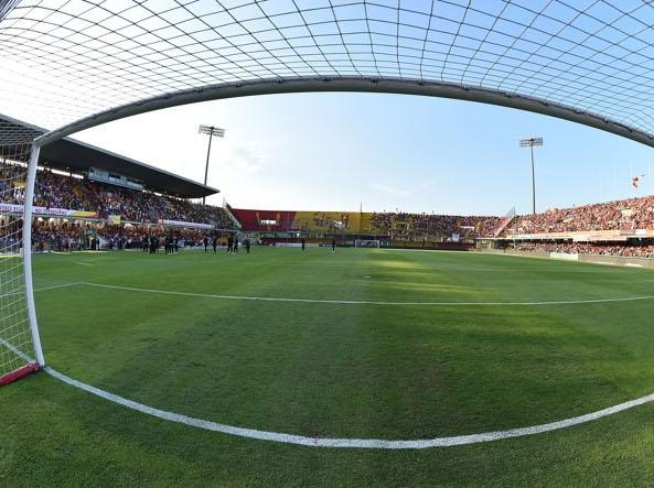 Malore in campo durante una partita di calcio: 13enne in coma farmacologico