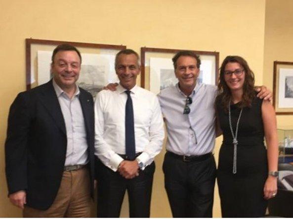Il closing a Milano: da sinistra Bonometti, Sagramola e Cellino