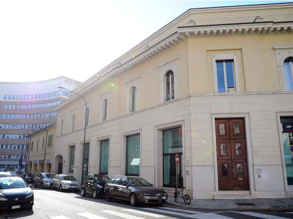 Gli esterni del palazzo che ospiterà i nuovi uffici del Brescia (Campanelli/Lapresse)