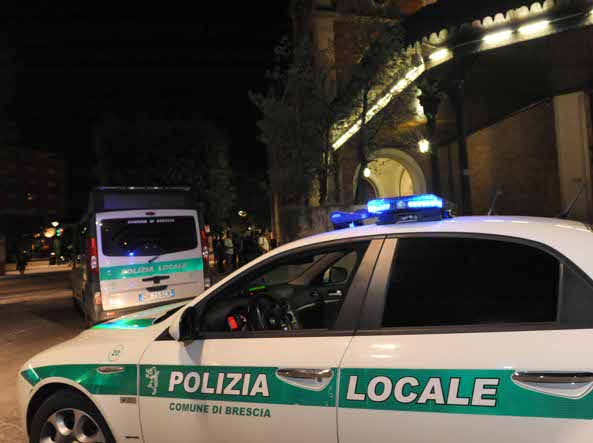 Due etti di droga in casa, arrestato un 61enne