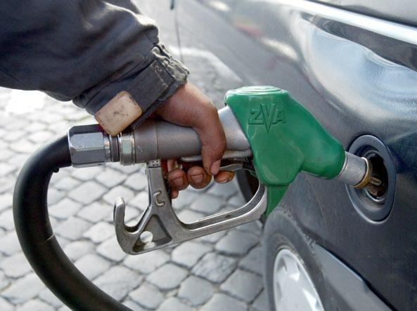 Camorra, società estere e carburanti: 7 arresti nell'operazione